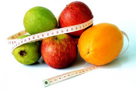 Nu e chiar aşa cum credeai! Uite câte calorii trebuie să consumi în funcţie de vârstă şi stilul de viaţă, conform unor studii amănunţite