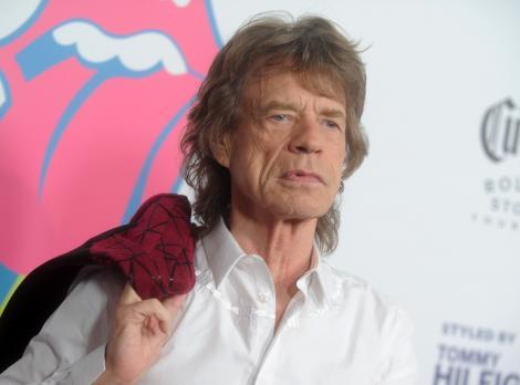 """""""Bunicul"""" nu se lasă! Mick Jagger, solistul trupei The Rolling Stones, a lansat două piese noi: """"Am vrut să le aveţi imediat"""""""