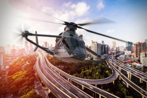 Un nou elicopter va revoluţiona industria aviaţiei! Acesta va permite oprirea şi pornirea unui motor în timpul zborului pentru a economisi combustibil
