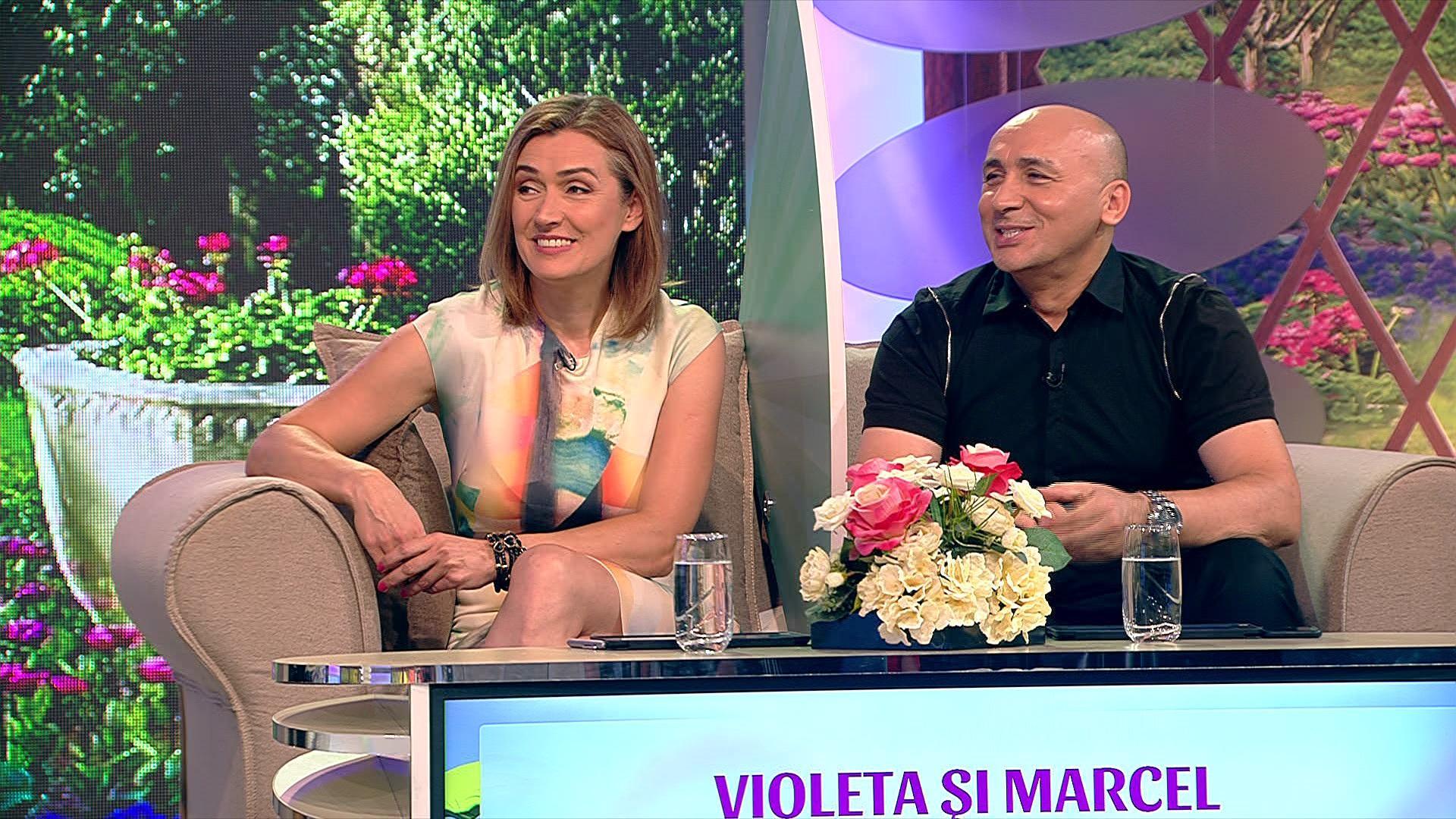 """Marcel Pavel a recunoscut la """"2k1"""" că este foarte gelos:  I-a pus singur lavaliera soţiei sale"""