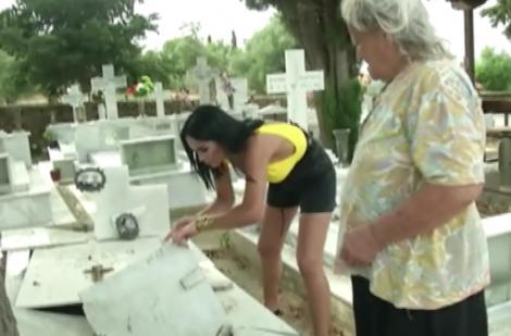 """Margherita vrea mască de față cu pământ din cimitir, la """"Aventură cu 4 stele"""""""