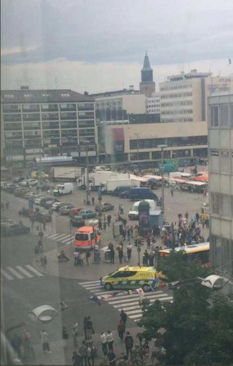 Oameni înjunghiați pe stradă, în Finlanda. Atacatorul a fost împușcat de poliție: Doi morți și șase răniți