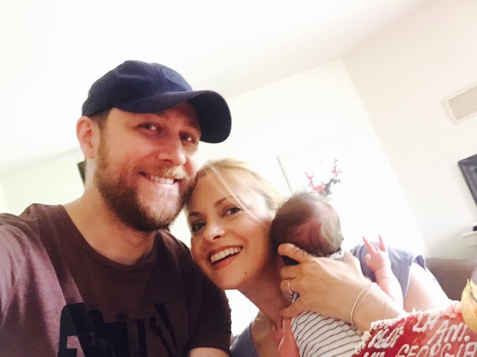 Simona Gherghe este în culmea fericirii! Ana Georgia a împlinit trei luni. Prima fotografie cu micuţa!
