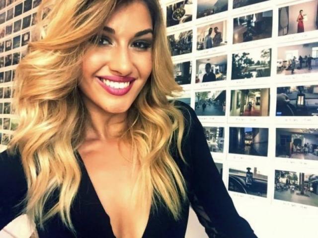 """Alina Eremia, jurata """"Next Star"""", copleșitor de sexy la sala de fitness. Fanii:""""Ochișori de păpuşică. Trup de regină!"""""""
