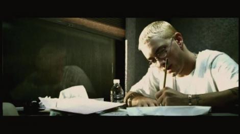 """Eminem își pregătește revenirea în forță și lansează un nou album! Cum arată """"The Real Slim Shady"""", azi, la 45 de ani"""