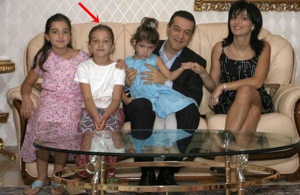 Oauuuu, ce transformare. Fiica lui Gigi Becali este o adevărată bombă sexy! Cum arată fata cea mare a milionarului
