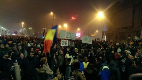 """Presa internațională, despre protestele din România și tinerii care-și părăsesc țara de nevoie: """"O hemoragie care nu pare sa ingrijoreze cat de putin Puterea"""""""