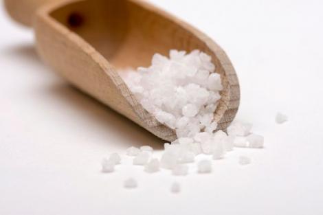 Dieta minune fără sare. Slăbești sănătos 10 kilograme într-o lună