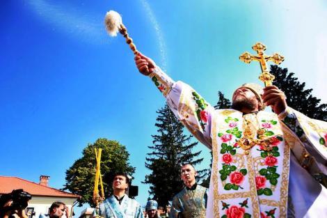 Sărbători religioase pe 9 ianuarie. Credincioșii sărbătoresc astăzi mai mulți sfinți