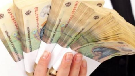 E oficial! Foarte mulți români ar putea primi bani în plus la salariu, chiar înainte de Crăciun!
