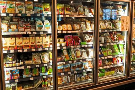 ALERTĂ! Un produs alimentar preferat de români, retras din supermarketuri pentru că era CONTAMINAT cu o bacterie extrem de periculoasă!