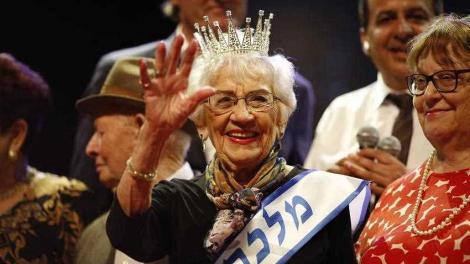 A fost acordat titlul de Miss Holocaust 2018! Cine este câștigătoarea concursului de… da, frumusețe! Obiceiul INCREDIBIL prin care se menține în formă, la 93 de ani
