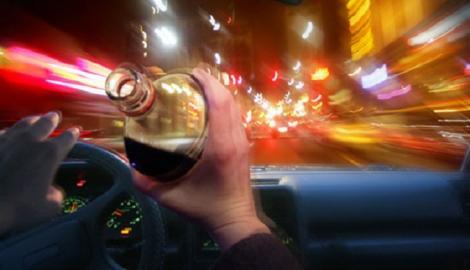Nu e glumă! Şoferii prinşi sub influenţa alcoolului s-ar putea urca la volan a doua zi! Ce condiții trebuie să îndeplinească