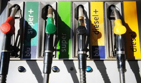 S-a făcut ANUNȚUL! Prețul carburanților, plafonat pe perioadă determinată. Când se va aplica