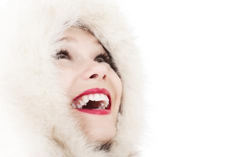 Beneficiile implantului dentar - Ce implică procedura, care este prețul și de ce să nu amâni?
