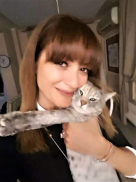 """Anca Țurcașiu, dezvăluire surprinzătoare la """"Stăpânii vedetelor"""": """"Soțul meu a făcut o criză când am adus pisica acasă"""""""