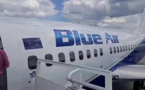 Un avion plin cu români a aterizat  DE URGENȚĂ! Au fost activate măștile de oxigen! Care este starea pasagerilor și ce a declarat compania