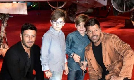 Ce răspunde Ricky Martin copiilor săi, atunci când aceștia întreabă de ce au doi tați!