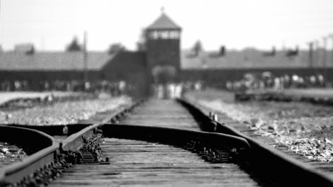 Un clujean a supravieţuit ororilor de la Auschwitz! Laszlo Nussbaum face o dezvăluire cutremurătoare despre lagărul morții