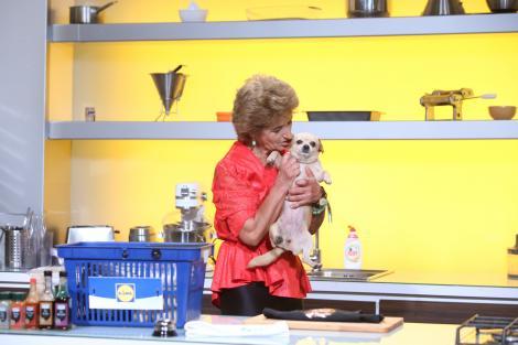 Doamna Marga a venit pe role, alături de cățelușa Marița! Și ce rețetă a pregătit! Sigur nu știai de...luteniță!