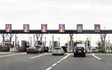 Taxe rutiere noi pentru șoferii români. Țara noastră se aliniază cerințelor Uniunii Europene