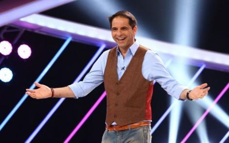 """25 de ani de Antena 1! În 1999 Dan Negru intra in familia Antena 1: """"M-a tentat noul început. N-am greșit. Aș lua-o oricând de la capăt!"""""""