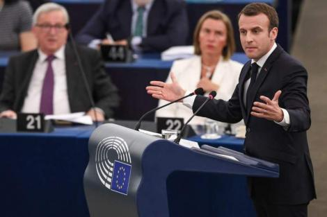 Centenarul Marii Uniri. Ce timbru special vor lansa Iohannis și Macron la Paris