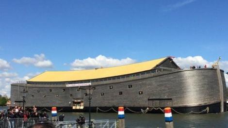 """Imagini video spectaculoase! Un tâmplar danez a construit ,, Arca lui Noe"""" a zilelor noastre, respectând întocmai toate descrierile din Biblie!"""