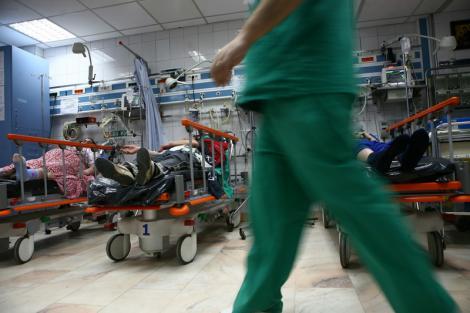 Caz revoltător într-un spital! Motivul pentru care o doctoriță care se afla de gardă a fost lovită în față de un pacientde 24 de ani