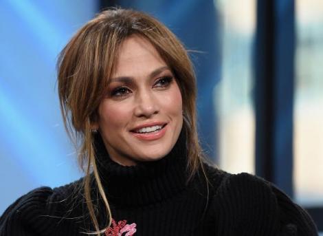 """Cum trebuie să fie bărbatul perfect? Jennifer Lopez a ȘOCAT prin sfaturile oferite unei tinere: """"Bărbații, dacă au sub 33 de ani..."""""""