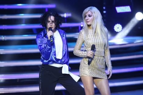 """""""Te cunosc de undeva!"""". Ana Baniciu și Raluka au repetat în sufragerie, în fiecare seară, pentru rolurile Britney Spears și Michael Jackson"""
