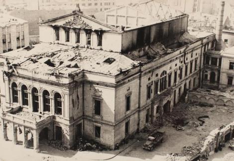 Rușii nu ne-au luat doar Tezaurul! 41 de vagoane cu bunurile Teatrului Național au plecat spre Moscova!