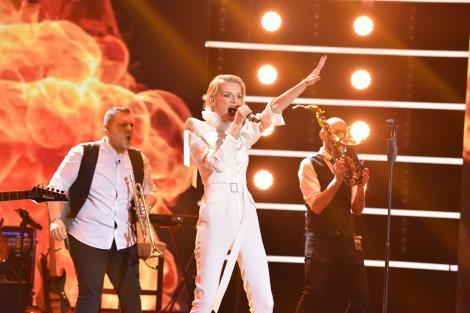 """X Factor, locul în care minunile se întâmplă. Iuliana Dobre și Vox au intrat pe scenă și au... incendiat scena cu """"Focul"""" Laurei Stoica!"""