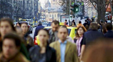 Numărul tinerilor din România a scăzut dramatic în ultimii 15 ani! Câți au dispărut din țară