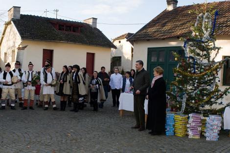 Unde își petrece Crăciunul Familia Regală a României și cine vine să-i colinde