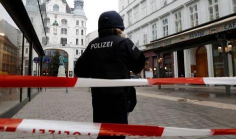 Stare de urgență la Viena, după ce a avut loc un atac armat. Autorul atacului a fugit de la locul faptei