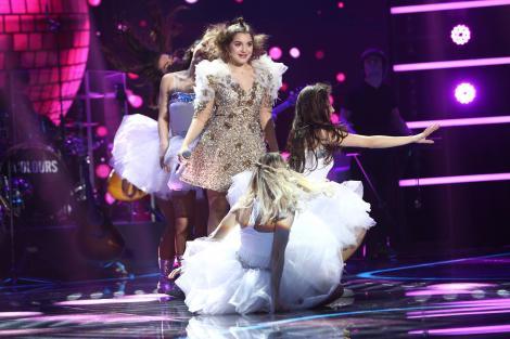 Și lupta reîncepe, și Ioana revine pe scenă mai proaspătă ca oricând. Și s-a distrat, și a cântat și ne-a încântat!