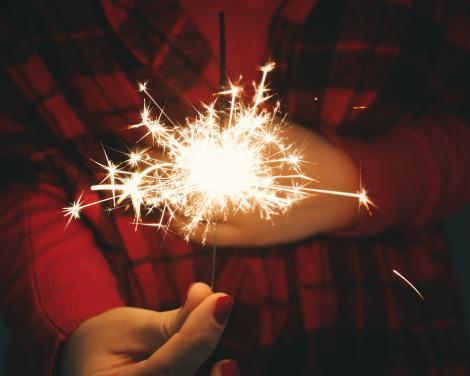 Aceste persoane nu trebuie să vă treacă pragul de Anul Nou! Vă vor aduce ghinion tot anul!