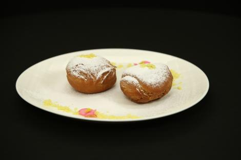 Gogoși pufoase cu gust de vanile și lămâie