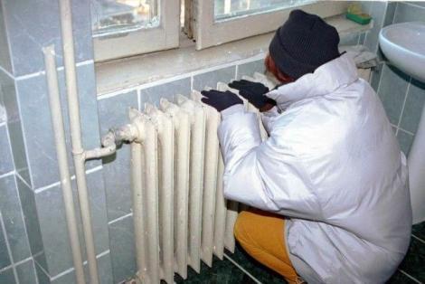 Vești proaste pentru cetățeni în prag de sărbători!  Mii de români vor suferi de frig în această iarnă