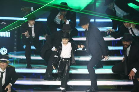 """Furnica dansează pentru prima dată alături de fiul ei, Andrei, la """"Te cunosc de undeva!"""""""