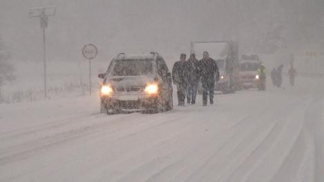 VREMEA 19 februarie 2018. Ninsorile și gerul pun stăpânire pe România