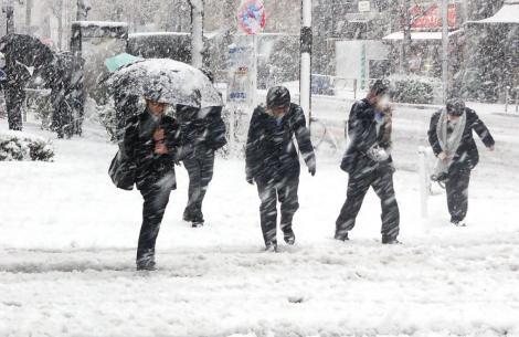 VREMEA 3 februarie. Gata cu primăvara! Vremea se schimbă radical în toată România!