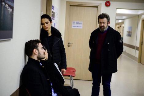 """Episodul șapte din """"Fructul oprit"""" aduce situații complicate! Ce decizie ia Sonia, după ce Roxana ajunge în stare gravă la spital!"""