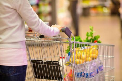 Măsură incredibilă! Au interzis cumpărăturile duminica. Se va întâmpla de la 1 martie!