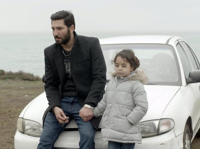 """Cum arată, în realitate, Cengiz din serialul """"Mama (Anne)"""". Tătăl vitreg al fetiței Melek, un bărbat total diferit, în spatele camerelor (Galerie FOTO)"""