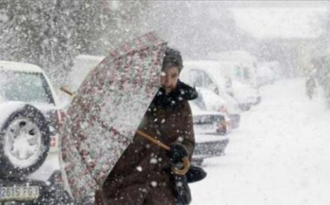 VREMEA, 9 februarie. România, sub cod galben de ninsori! Gata, vine urgia albă!