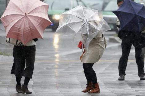 METEO 13 martie. Ploile iau cu asalt țara noastră. Cele mai afectate județe