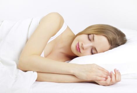 Tu știi ce se întâmplă cu ochii tăi când dormi? Specialiștii trag un semnal de ALARMĂ