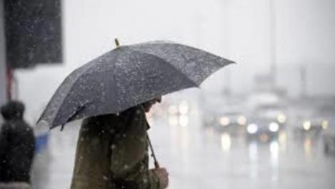 VREMEA 26 martie. Prognoza meteo pentru luni: ploi și ninsori în România